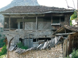 barlahouse-abandoned